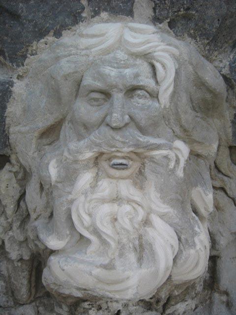 Restauration du mascaron de Neptune
