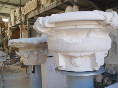 En cours de sculpture de la partie centrale