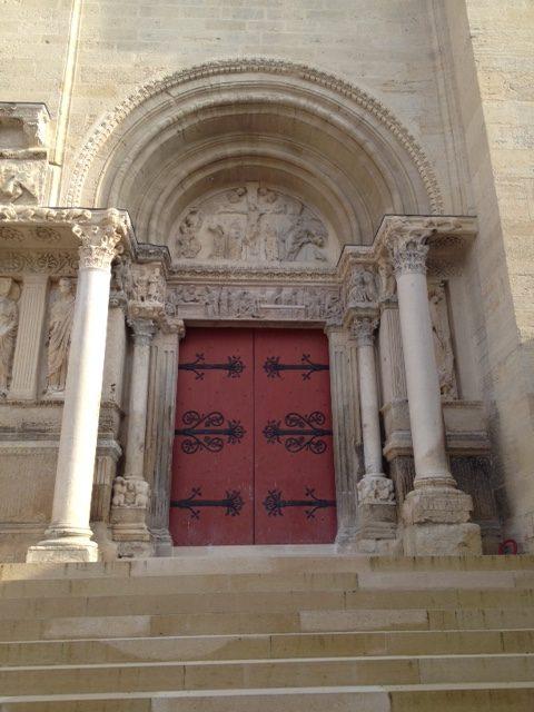 Saint Gilles - portail avant restauration