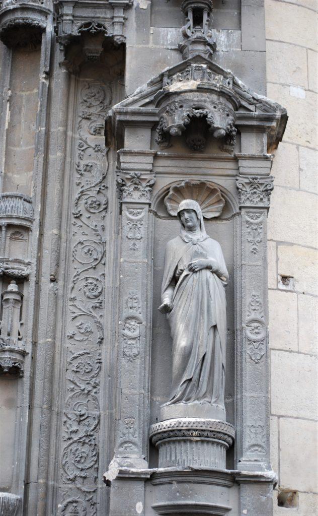 Statue avant restauration